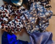 6 Scrunchies