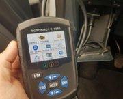 EOBD / OBD2 Foutcode Uitleesapparaat E-9980