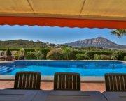 Uw zeer ruime Villa in JAVEA op mooi en groot landgoed