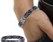 Therapie met magneet armbanden voor u gezondheid