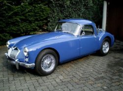 MG MGA 1600 Coupe (07/1959)