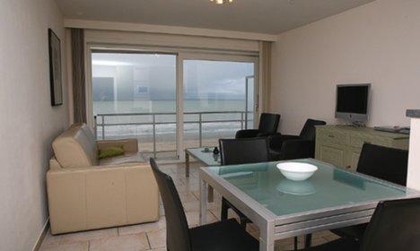 173/de-panne-appartement-midden-op-de-zeedijk-met-1-slaapkamer.jpg