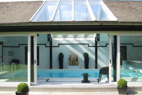 Vakantiewoningen luxe villa te spa met zwembad ardennen for Luxe villa met zwembad