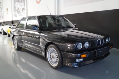 0f8/bmw-m3-stunning-condition-1987.jpeg