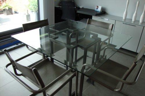 Mooie Glazen Eettafel.Meubelen Mooie Glazen Tafel Met 4 Lederen Stoelen Zoekertjes Net