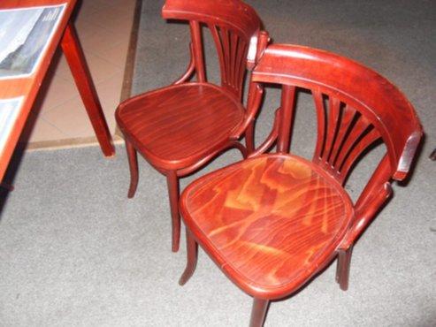 Zaken en transacties te koop ca 25 tafels plus 4 stoelen for Horeca tafels en stoelen te koop