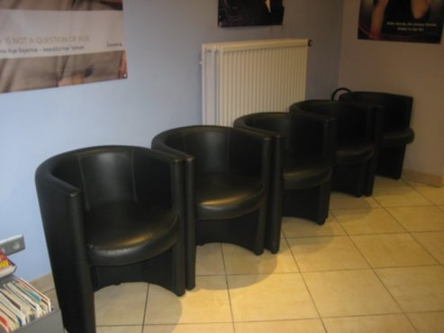 Meubelen kapsalon meubels te koop for Kapsalon interieur te koop