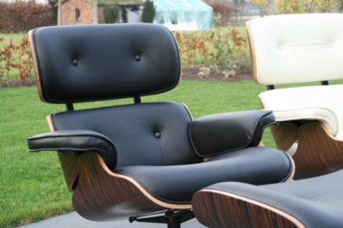 Eames Lounge Chair Tweedehands.Meubelen Charles Ray Eames Lounge Chair Ottoman Zwart