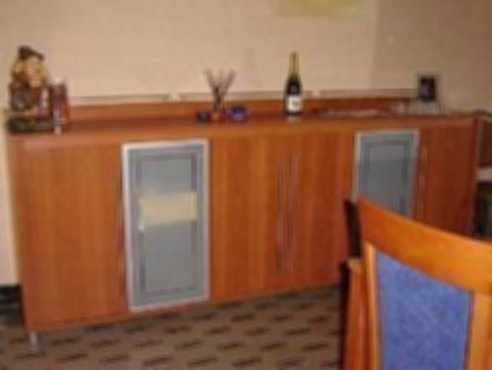 Meubelen moderne eetkamer kersenhout - Moderne eetkamer ...