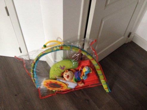 Baby Slaapkamer Accessoires : Baby en kind luxe slaapkamer en box met heel veel accessoires
