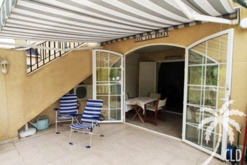 Zwembad Op Balkon : Uw appartement in estepona met balkon bij zee en zwembad ememain be