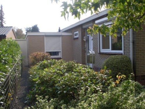 Vastgoed bungalow te koop met grote mooie tuin for Huis te koop borgerhout met tuin
