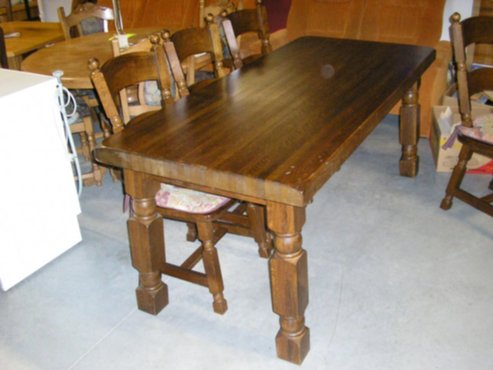 Massief Eiken Eettafel 6 Stoelen.Meubelen Geheel Massief Eiken Tafel 6 Stoelen Koopje
