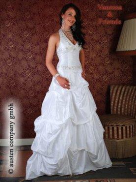http://image.39.net/2011/07/950x514.jpg_kleding-SoldenTrouwkledingvanaf39,95ookgrotematen-Zoekertjes.net