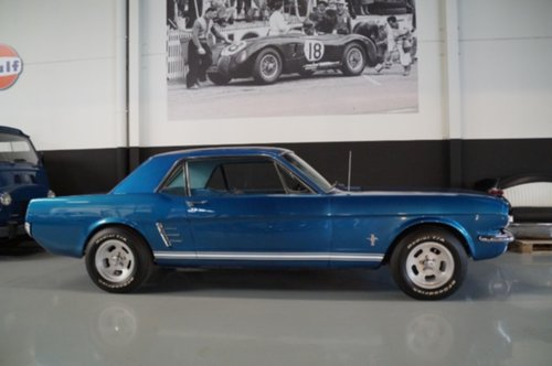 c5d/ford-mustang-coupe-v8-new-351-engine-loud-en-fast-1966.jpeg