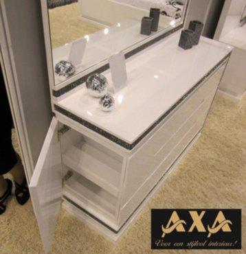 meubelen - Hoogglans wit modern swarovski slaapkamer AXA meubelen ...