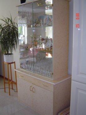 Huisraad italiaanse meubels en witte tv kast - Witte meubels en rode ...