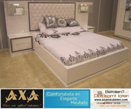 Slaapkamer Meubels Wit : Meubelen hoogglans wit modern swarovski slaapkamer axa meubelen