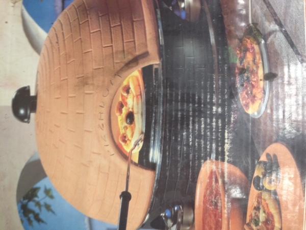Huisraad pizza oven voor op tafel for Pizza bakken op tafel