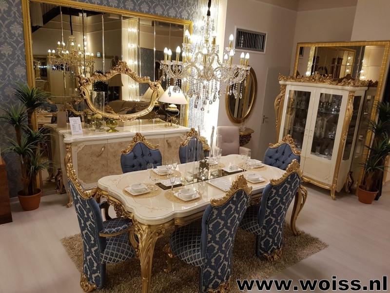 Meubelen woiss barok goud beige klassieke woonkamer for Meubels breda
